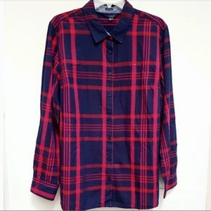 Tommy Hilfiger Top Button Down
